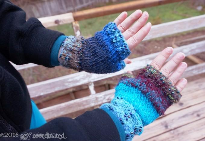hands-in-mitt