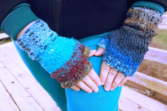 hands-in-mitts